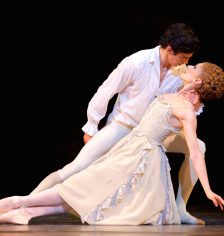 """alt=""""Kainós Magazine® Manon diretta via satellite Royal Opera House"""""""